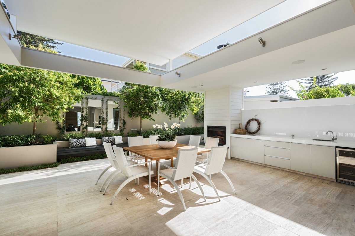 How to create the perfect outdoor room