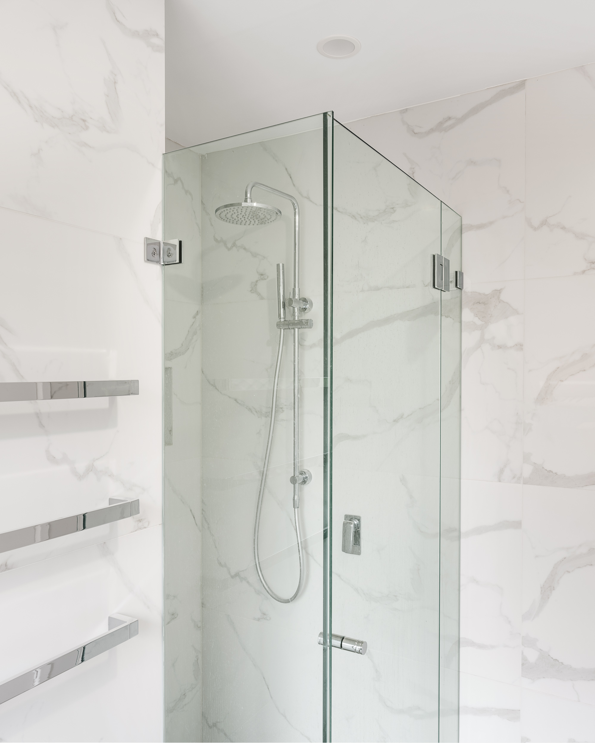 marble tiled bathroom Chatswood