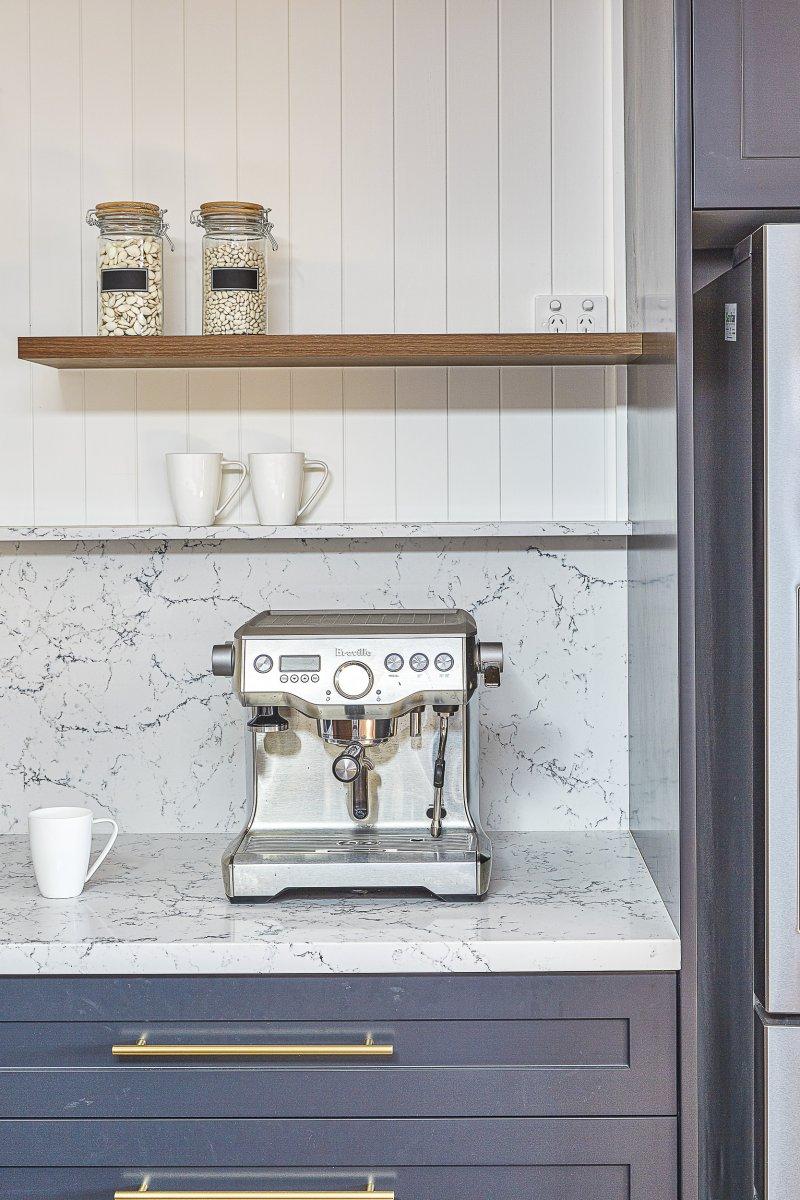 Caesarestone kitchen splashback White Attica