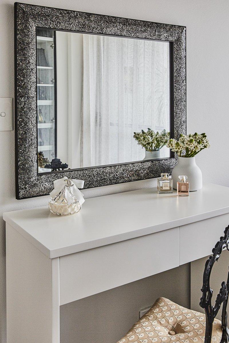 Custom dresser white